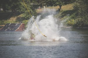 Photo wake board, sport nautique, massif wake park auvergne, par L'oeil de Noémie, #LDN Production