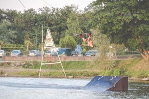 photo wake board jb nacher massif wake park par Noémie Vieillard, LDN Production